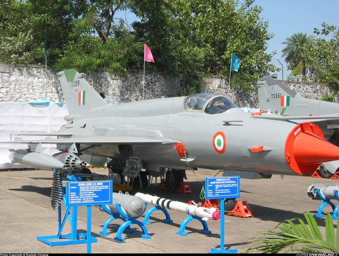 Tiêm kích Su-30MKI Ấn Độ xuất chiêu đặc biệt khiến F-16 Pakistan đo ván: Xứng tầm anh tài - ảnh 1