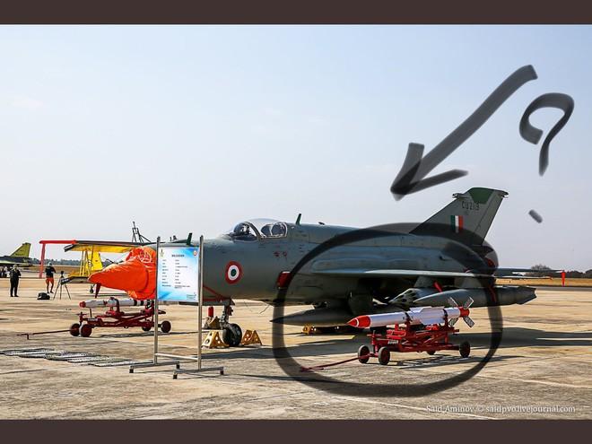 Tiêm kích Su-30MKI Ấn Độ xuất chiêu đặc biệt khiến F-16 Pakistan đo ván: Xứng tầm anh tài - ảnh 2