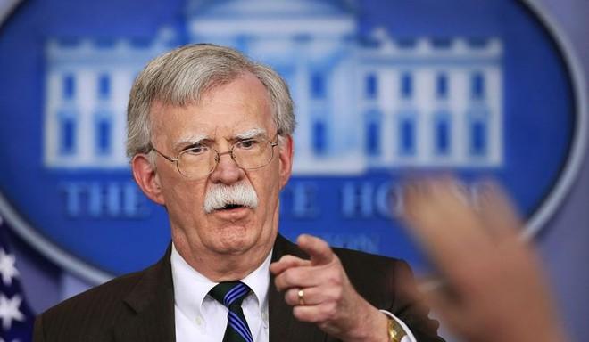 Ông Bolton: Mỹ sẽ ngăn Trung Quốc 'lập tỉnh mới' ở Biển Đông - Ảnh 1.
