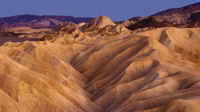 Thung lũng Tử thần nóng nhất thế giới đột nhiên mọc ra một cái hồ tuyệt đẹp - chuyện gì đang xảy ra? - Ảnh 1.