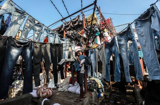 24h qua ảnh: Bên trong xưởng giặt thuê lớn nhất thành phố Mumbai - Ảnh 8.