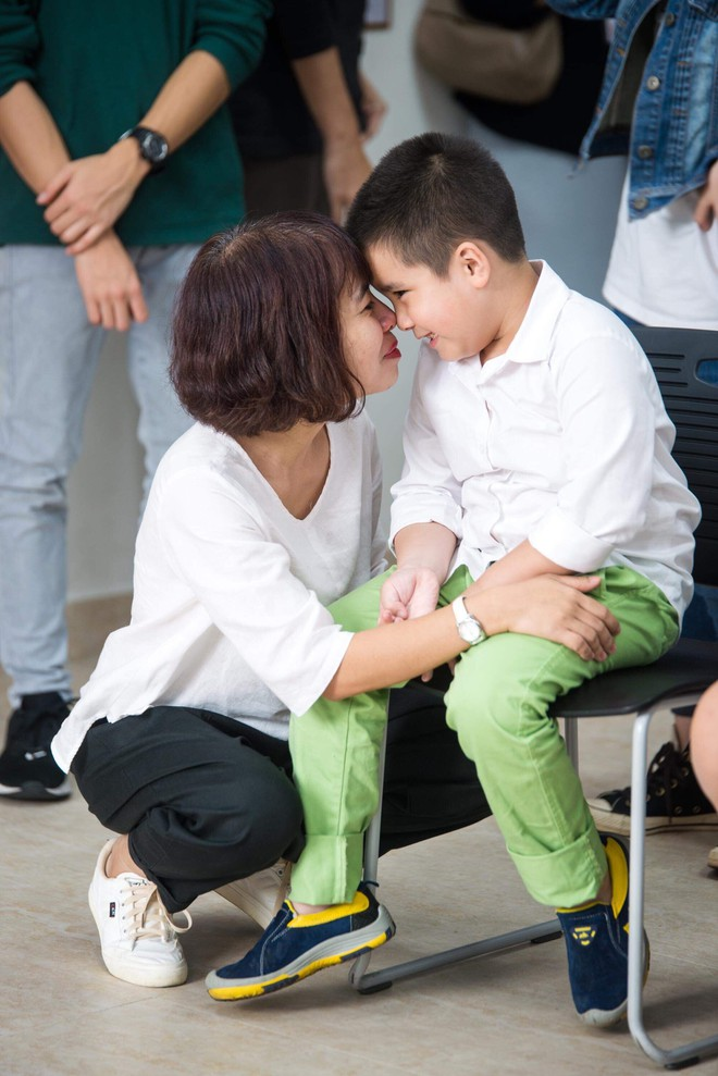 Những giọt nước mắt của người mẹ kiên trì tìm trường cho con học lớp 1 - Ảnh 3.