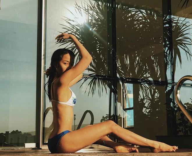 Ngoại hình nóng bỏng của cô gái giật bồ Hương Giang trong MV mới - Ảnh 3.