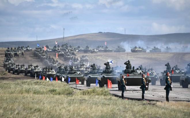 """Báo cáo sốc: Nga sẵn sàng cho một cuộc chiến """"một mất một còn"""" với NATO?"""
