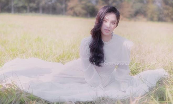 Ngất ngây với vẻ ngọt ngào của Hoa hậu Tiểu Vy sau nửa năm đăng quang - Ảnh 12.