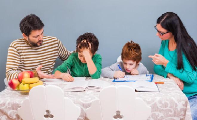 10 câu kém hiệu quả nhất bố mẹ thường nói với con, đổi cách nói khác tác dụng sẽ khác hẳn - Ảnh 2.