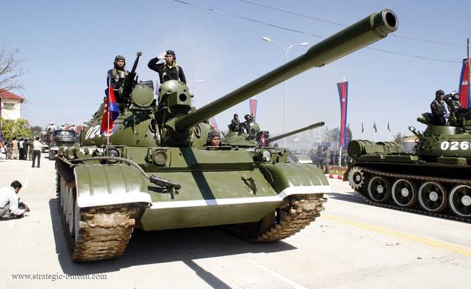 Campuchia tung xe tăng tối tân tập trận lớn nhất trong lịch sử với Trung Quốc - Ảnh 1.