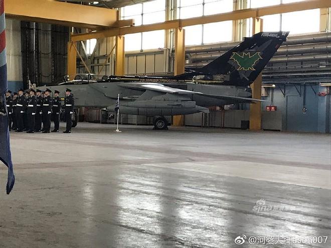 [ẢNH] Màn chia tay bầu trời siêu hoành tráng của các chiến đấu cơ Tornado - ảnh 9
