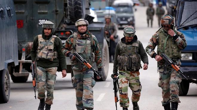 Đấu hỏa lực dữ dội Ấn-Pakistan, có thương vong - Ảnh 1.