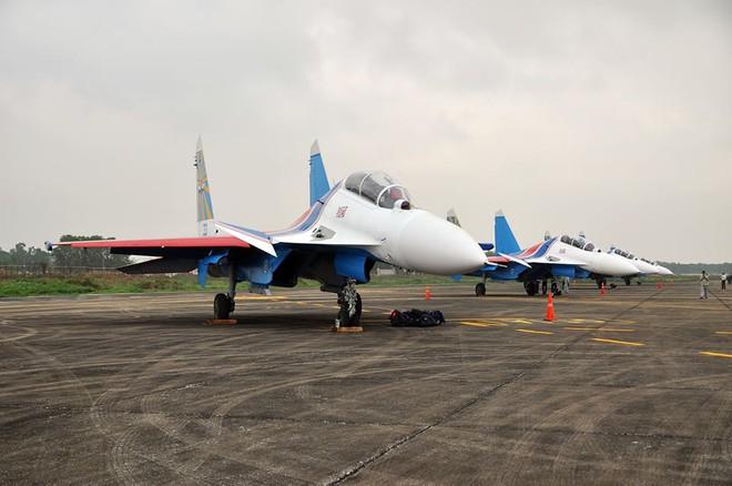 Đường bay của tiêm kích Su-30SM đến Việt Nam có gì đặc biệt? - Ảnh 2.