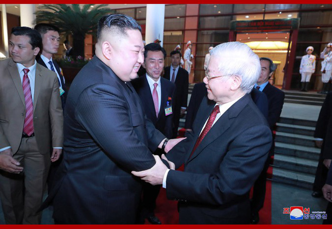 Tiệc chiêu đãi Chủ tịch Kim Jong-un tại Hà Nội qua ống kính phóng viên Triều Tiên - Ảnh 16.