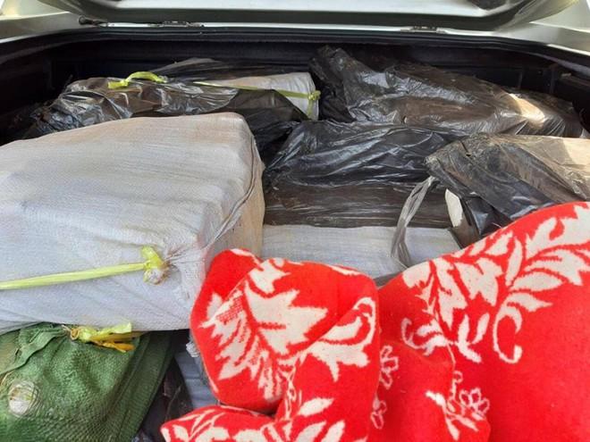 Vụ bắt lô ma túy khủng ở Sài Gòn: 300 kg ma tuý được ngụy trang để mang đi Trung Quốc - ảnh 2