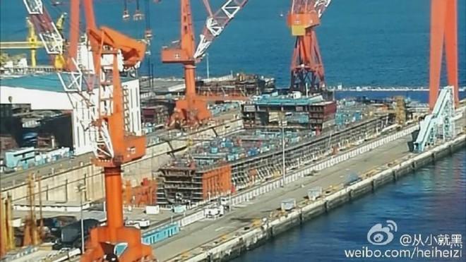 Mua tàu sân bay Trung Quốc: Nga có sẵn sàng giẫm lên kiêu hãnh và chấp nhận vết nhơ? - Ảnh 3.