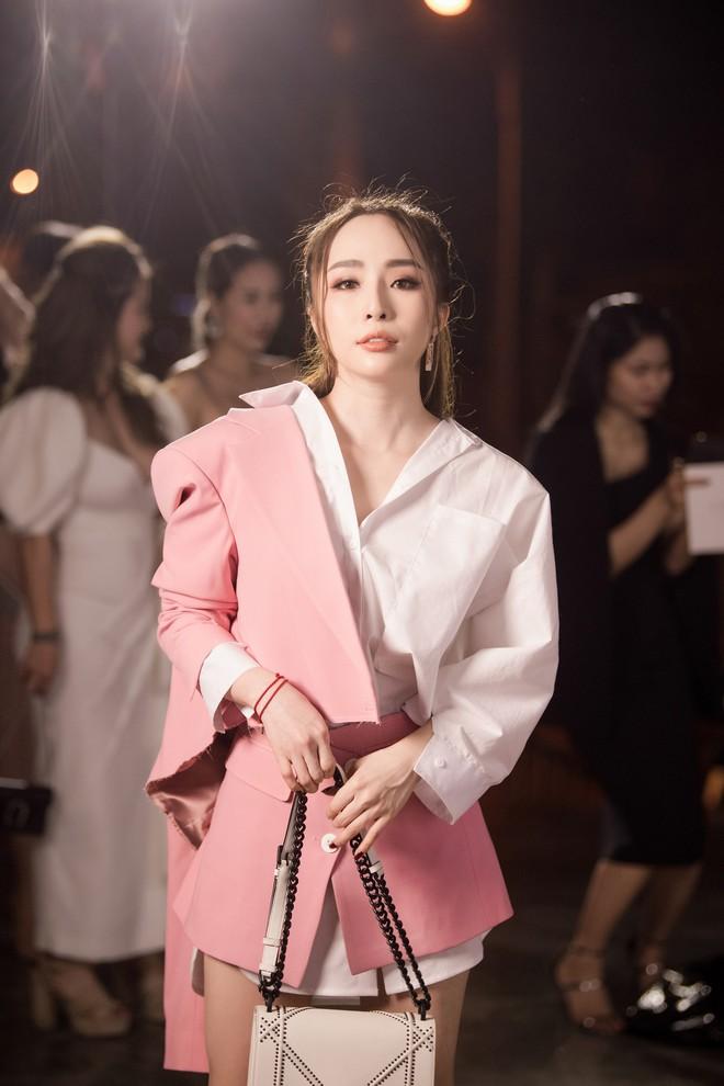 Quỳnh Nga xuất hiện sau tin đồn ly hôn Doãn Tuấn, Hương Giang thành tâm điểm vì xinh đẹp - Ảnh 3.