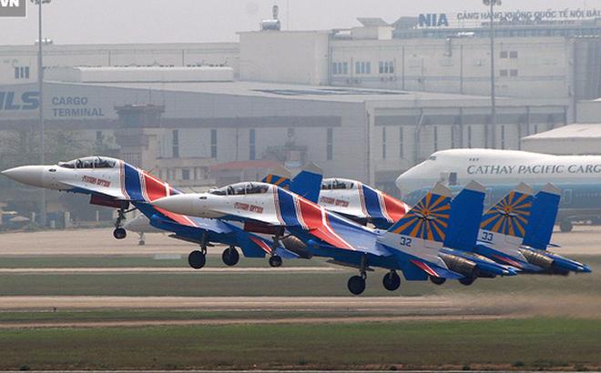 Tiêm kích Su-30SM tạm hoãn tới Việt Nam - Vì sao?