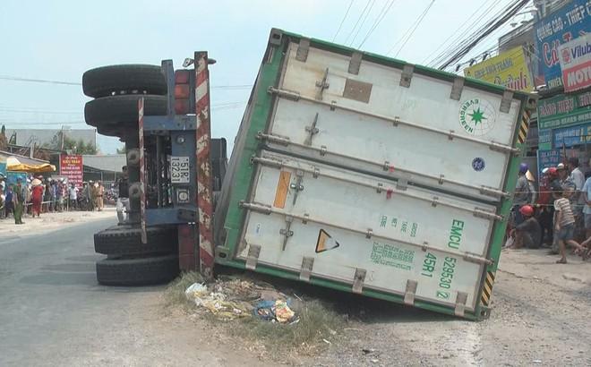 Bi thương 3 bà cháu bị thùng container của xe đầu kéo đè tử vong trên Quốc lộ 30