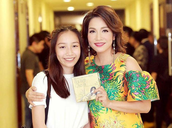 Hội con út nhà sao Việt: Không xinh đẹp như mỹ nhân cũng tài năng chẳng kém ai - ảnh 12