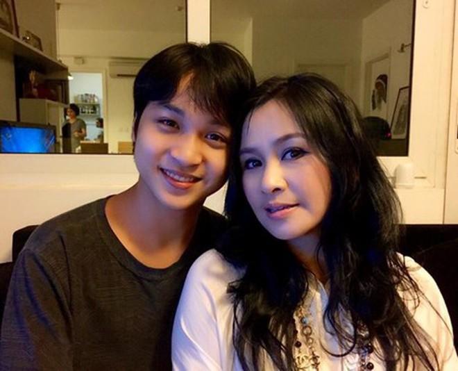 Hội con út nhà sao Việt: Không xinh đẹp như mỹ nhân cũng tài năng chẳng kém ai - ảnh 16