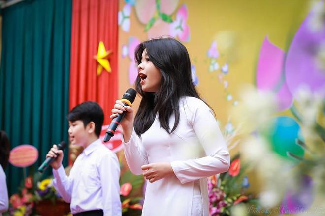 Hội con út nhà sao Việt: Không xinh đẹp như mỹ nhân cũng tài năng chẳng kém ai - ảnh 9