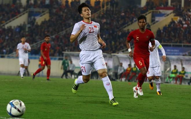 """U23 Việt Nam rơi vào """"vùng nguy hiểm"""" sau chiến thắng trước U23 Indonesia"""