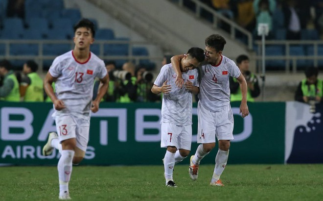 U23 Việt Nam 1-0 U23 Indonesia: Triệu Việt Hưng ghi