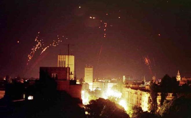 F-117 gãy cánh ở Serbia: Chiến dịch tìm kiếm lớn nhất của Mỹ sau chiến tranh Việt Nam - Ảnh 2.