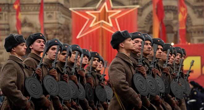 Con số 136 và kế hoạch khủng của Nga nhằm sẵn sàng nghênh chiến Mỹ-NATO - Ảnh 3.