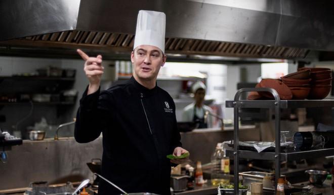 Đầu bếp khách sạn Metropole kể chuyện bếp núc tại Thượng đỉnh Mỹ-Triều ở Hà Nội - Ảnh 1.
