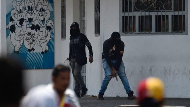 Nga đưa quân vào, Venezuela vẫn bất ổn, nhưng Colombia lại là nạn nhân? - ảnh 6