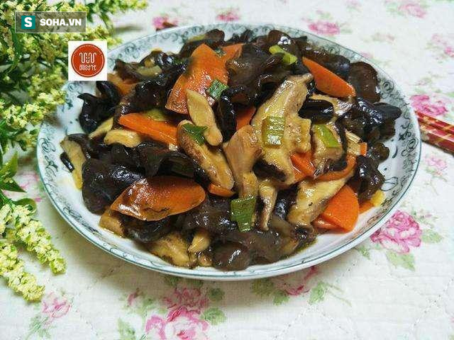 Món ăn làm sạch mạch máu, thông đường ruột nổi tiếng Đông y chỉ với 3 thực phẩm bình dân - Ảnh 1.