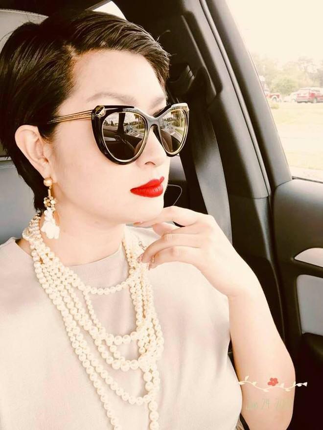 Nhan sắc rạng rỡ của nữ ca sĩ vừa trở về Việt Nam sau 15 năm biệt xứ vì scandal ảnh nóng - Ảnh 10.