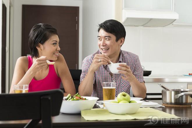 Lá lách, dạ dày có bệnh sẽ cắt tuổi thọ: 3 điều nên tránh, 4 điều nên làm để khỏe mạnh - Ảnh 3.