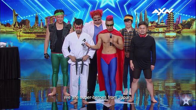 Asia's Got Talent: Thí sinh gây sốc khi thoát y diễn hài trên sân khấu - Ảnh 1.
