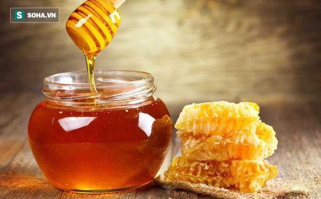 [Bài thuốc quý] 4 cách chữa bệnh đơn giản mà hiệu quả bằng mật ong, mọi phụ nữ đều cần - Ảnh 1.
