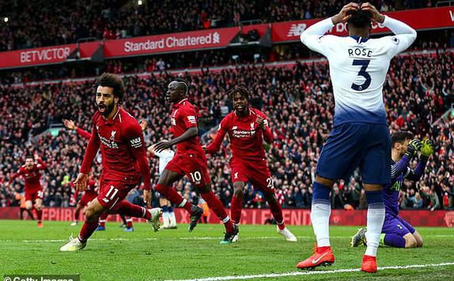 Thành Manchester chia 2 nửa vui buồn vì... đại chiến Liverpool 2-1 Tottenham