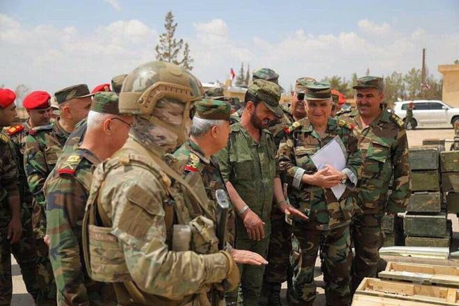 Đặc nhiệm Hổ Syria khiến phiến quân khiếp sợ bỗng lặng tiếng: Rình tung cú vồ mồi sấm sét? - ảnh 4