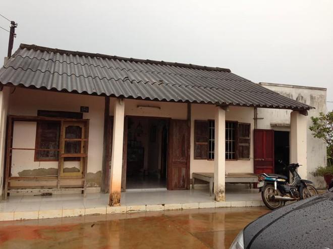 Căn nhà tồi tàn của ca sĩ Vy Oanh và câu chuyện cảm động 10 năm sau  - Ảnh 2.