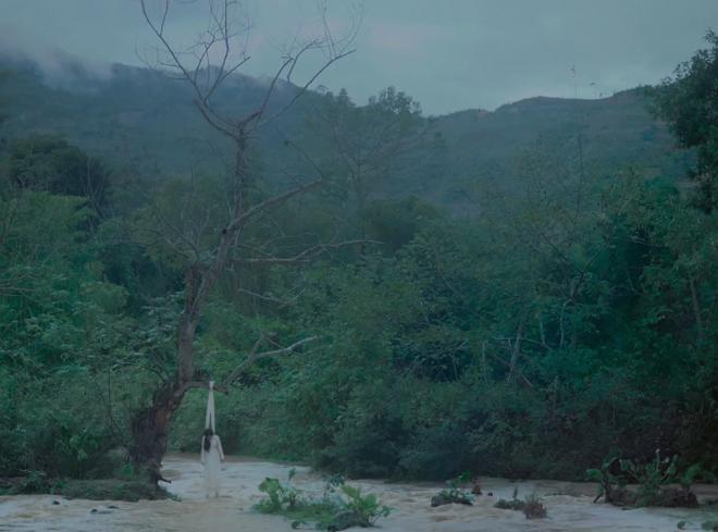 Phim Việt đoạt 8 giải thưởng quốc tế xuất hiện cảnh nóng của nữ diễn viên 15 tuổi - Ảnh 6.