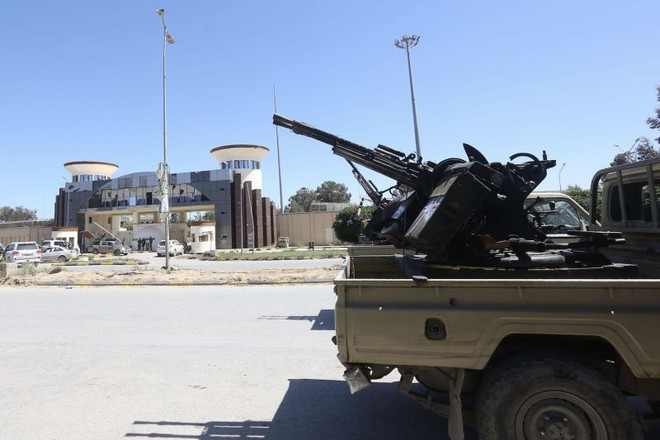 FP: Nếu không thay đổi, tính tự cao tự đại sẽ khiến tướng Haftar phải trả cái giá rất đắt - Ảnh 1.