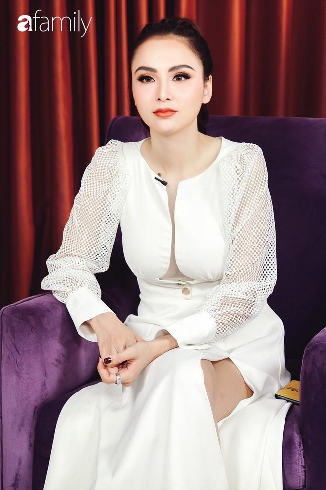 Hoa hậu Diễm Hương: Chồng nào cũng bảo nếu em đừng làm ra tiền thì đã dễ dạy hơn - Ảnh 6.