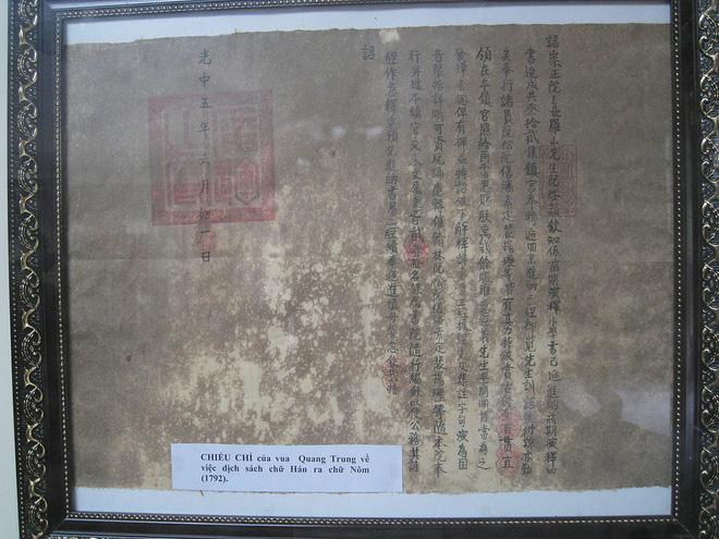 Chiếu chỉ của Quang Trung về dịch sách chữ Hán sang chữ Nôm