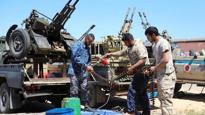 Chuyên gia Đức: Ngộ nhận lớn khiến Tướng Haftar tưởng dễ xơi Tripoli nhưng lại thất bại ngay trong 24h đầu - Ảnh 5.