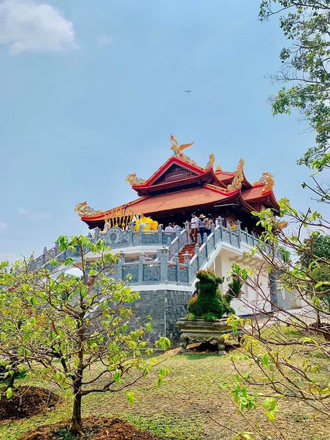Hé lộ hình ảnh ngôi đền mới trong nhà thờ Tổ hơn 100 tỉ của Hoài Linh - Ảnh 4.