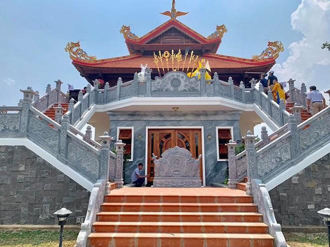 Hé lộ hình ảnh ngôi đền mới trong nhà thờ Tổ hơn 100 tỉ của Hoài Linh - Ảnh 6.