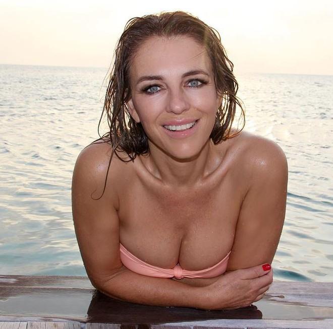 Mỹ nhân U60 khoe dáng nuột như gái đôi mươi với bikini - Ảnh 7.
