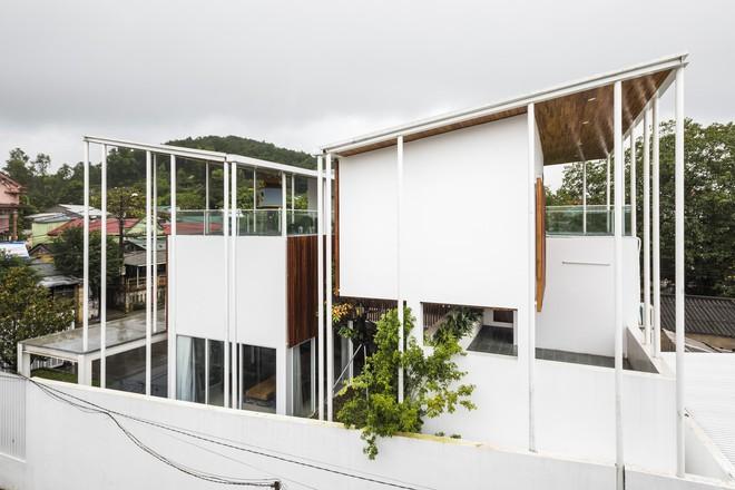 Độc đáo căn nhà ở Huế có thể nhìn xuyên thấu tất cả các phòng - Ảnh 6.