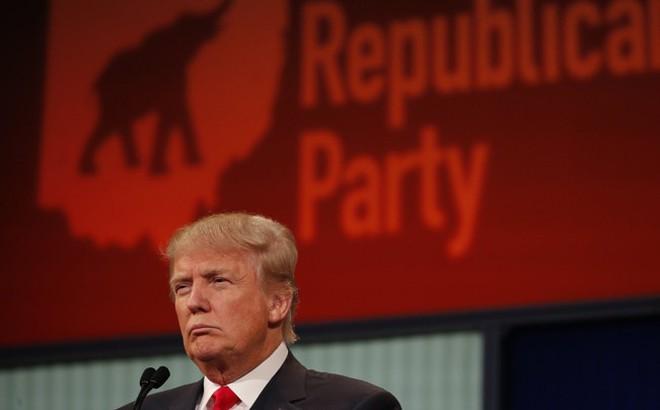 """Trước thềm tái tranh cử, Tổng thống Trump đã """"thôn tính"""" gần như toàn bộ đảng Cộng hòa"""