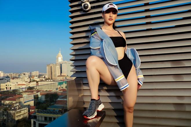 Hoa hậu Phương Khánh tung loạt ảnh mặc bikini nóng bỏng - ảnh 9