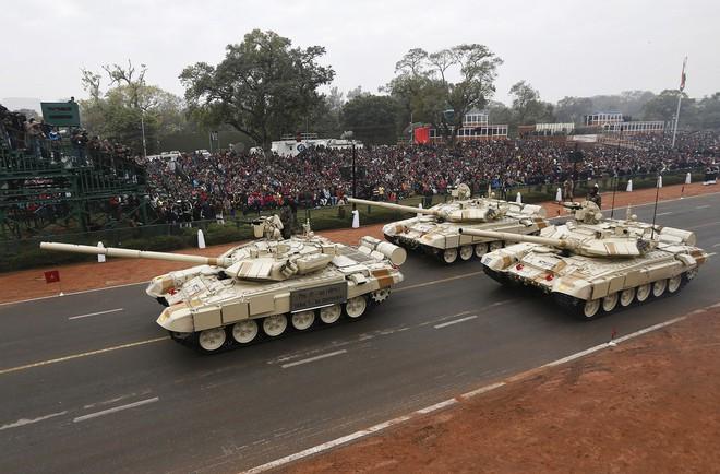 Kho vũ khí khổng lồ do Nga sản xuất của Ấn Độ - ảnh 3