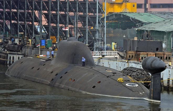 Kho vũ khí khổng lồ do Nga sản xuất của Ấn Độ - ảnh 9